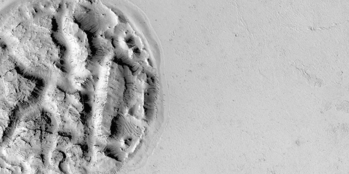 Misteriosa estructura circular aparece sobre la superficie de Marte