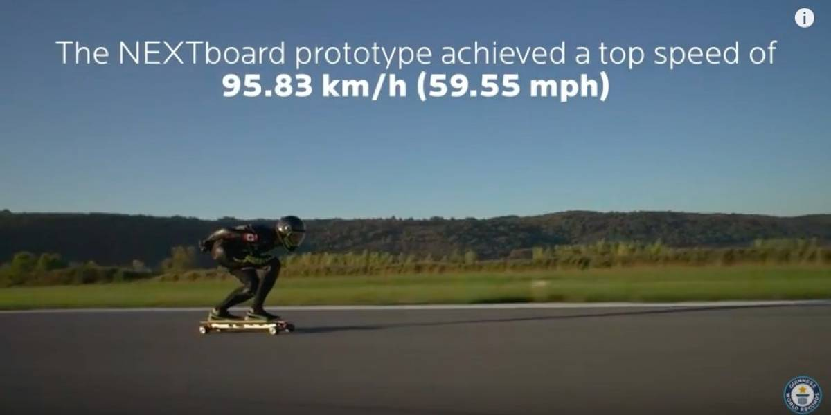 Este es el nuevo récord Guinness de velocidad a bordo de una patineta