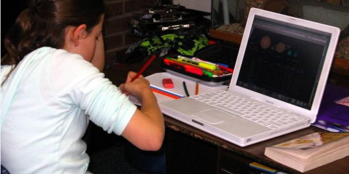 Estudio: El 41% de los menores españoles podría ser adicto a Internet