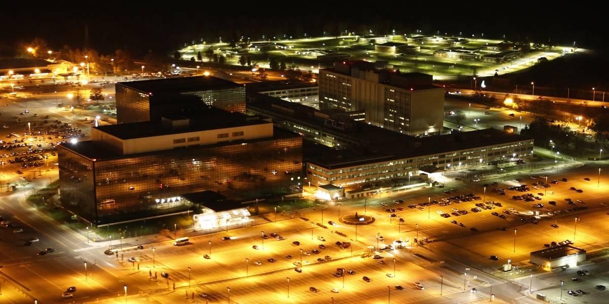 NSA fuerza a renunciar a un civil que habría ayudado a Snowden