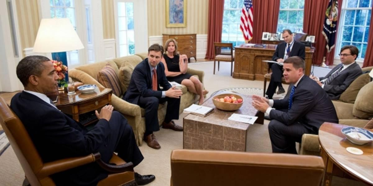 """Obama lanza plan para """"controlar internet"""" en caso de emergencia"""