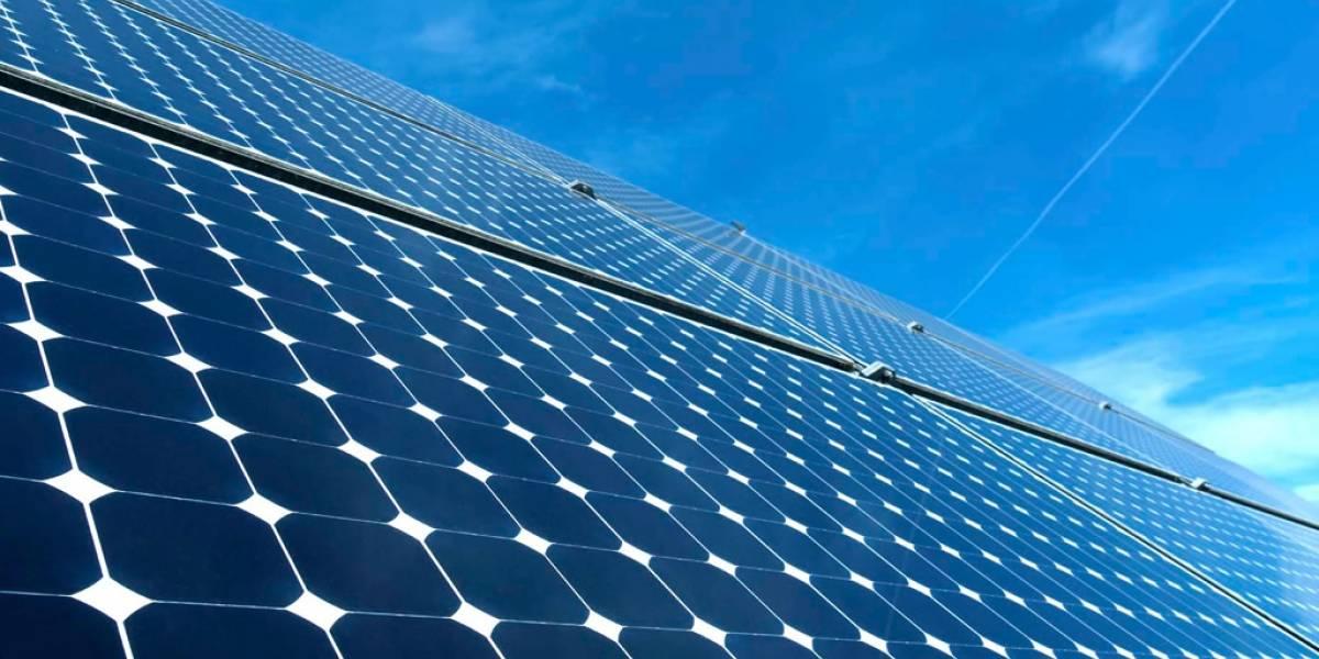"""Pueblo de EE.UU. rechaza planta de energía solar porque """"consume mucha luz del sol"""""""