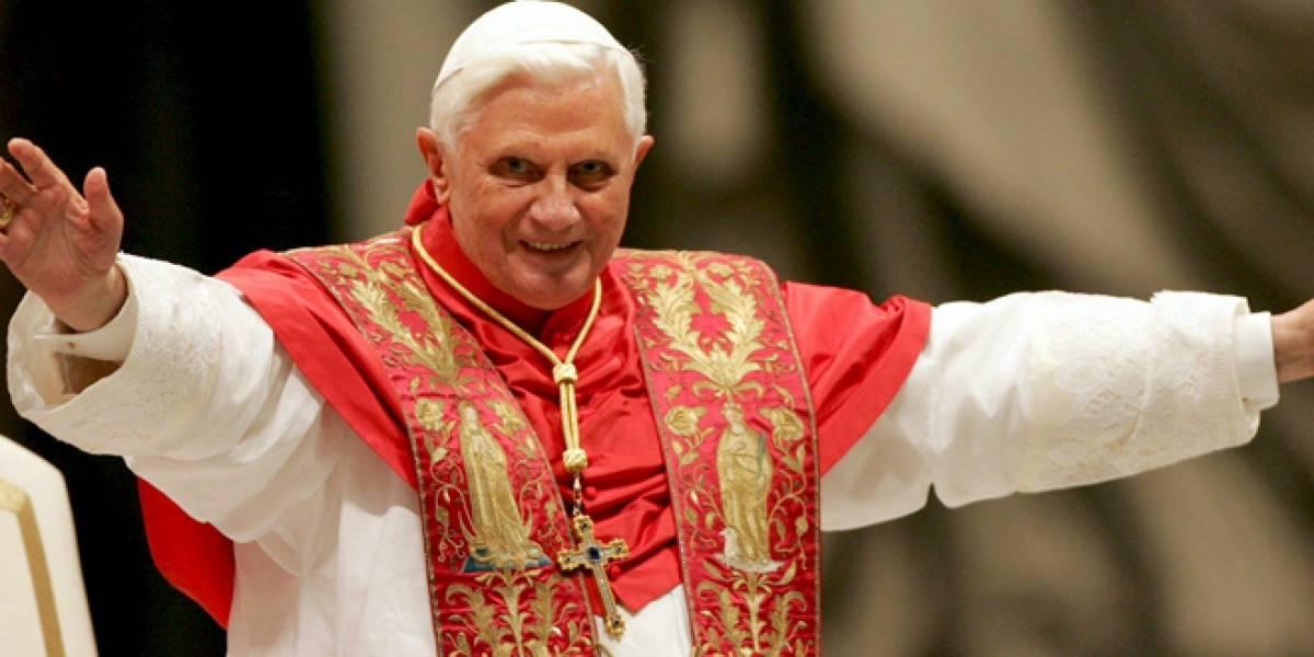 Papa Benedicto XVI llama a evangelizar vía redes sociales