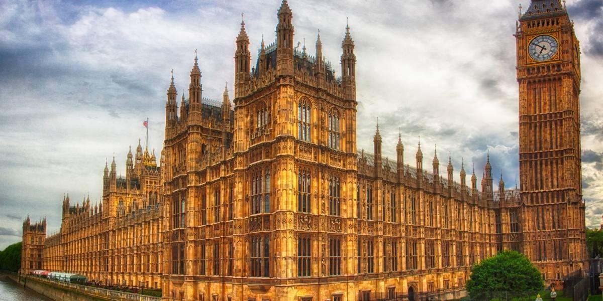Parlamento británico le dice a Google que ignore aplicar el derecho al olvido
