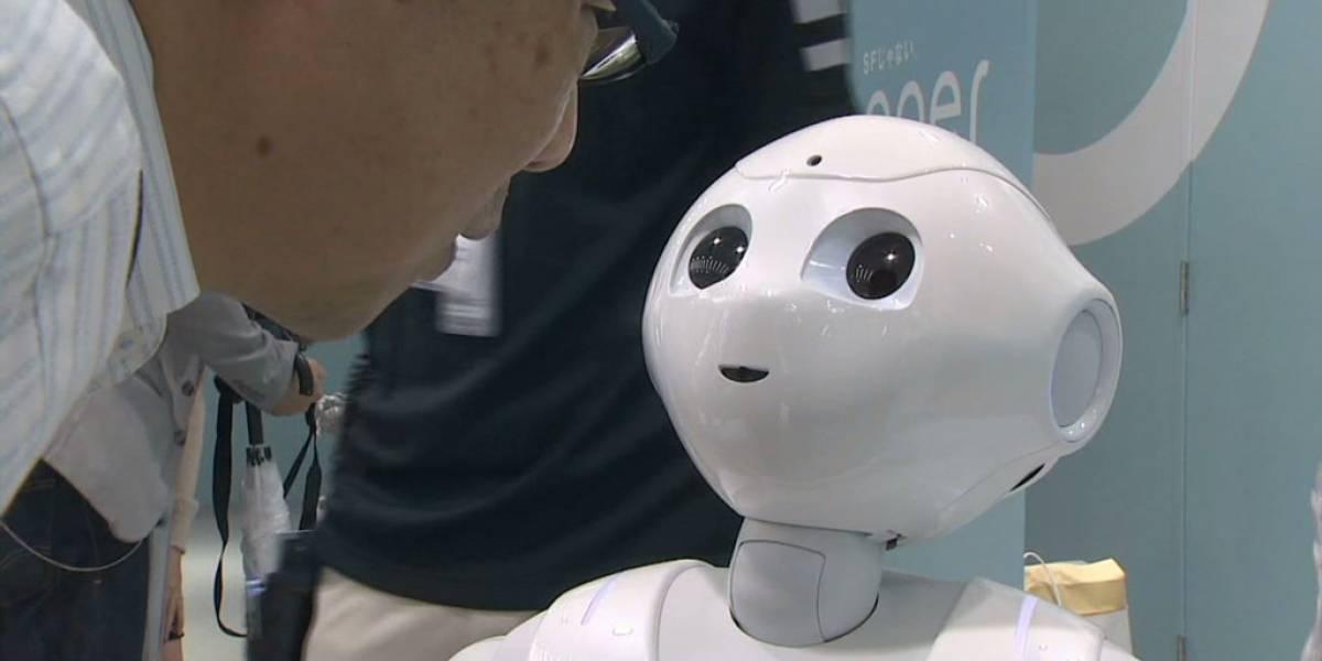 Abren primera tienda atendida solamente por robots