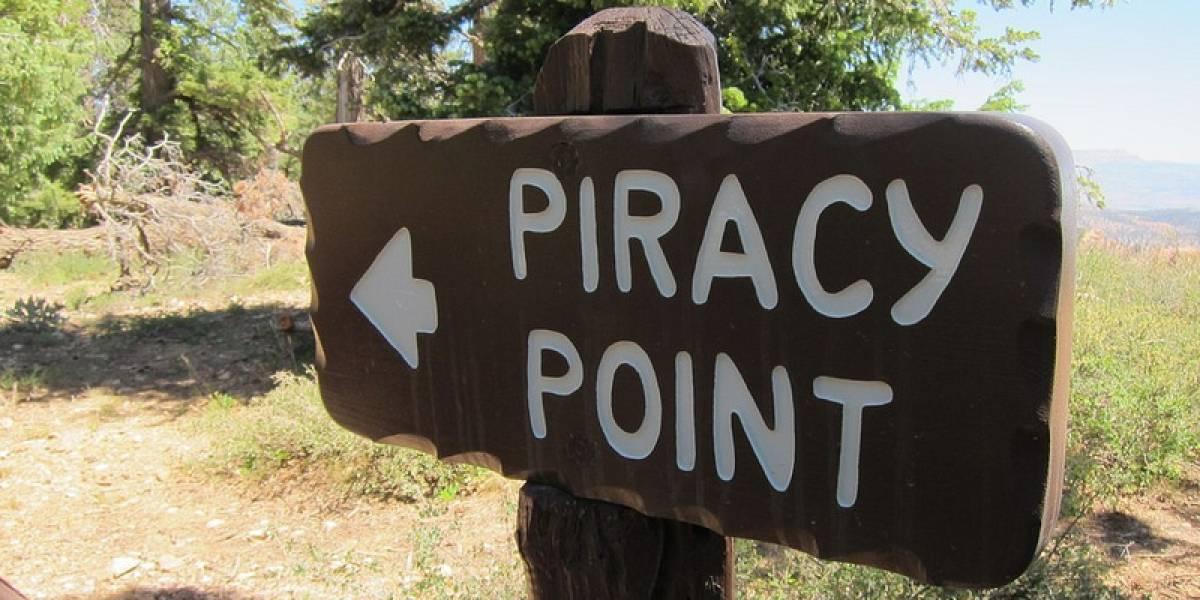 Hombre acusado de piratear presenta contra-demanda por difamación e invasión a la privacidad