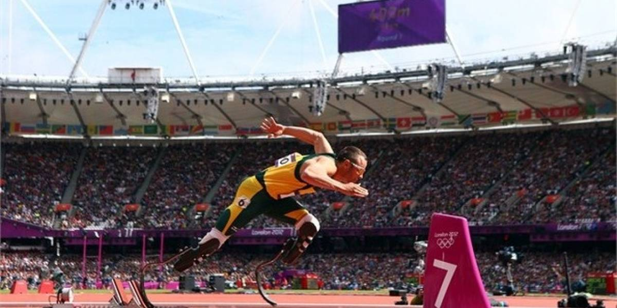 Oscar Pistorius hace historia al correr con sus prótesis en Londres 2012