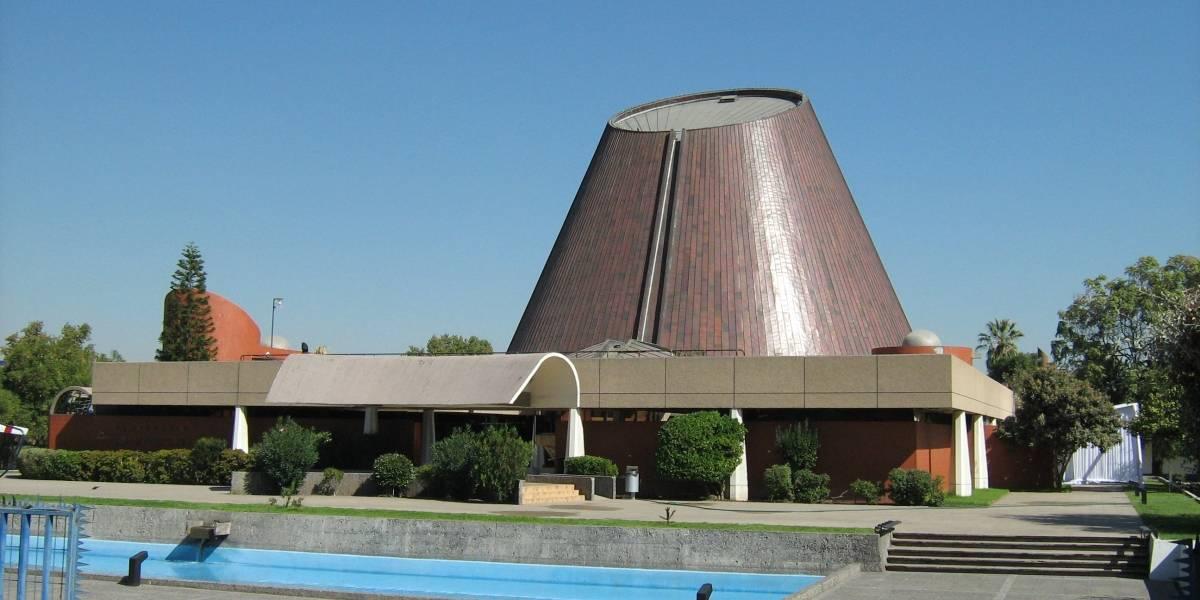Planetario de Santiago cerrará durante algunos meses por reparación