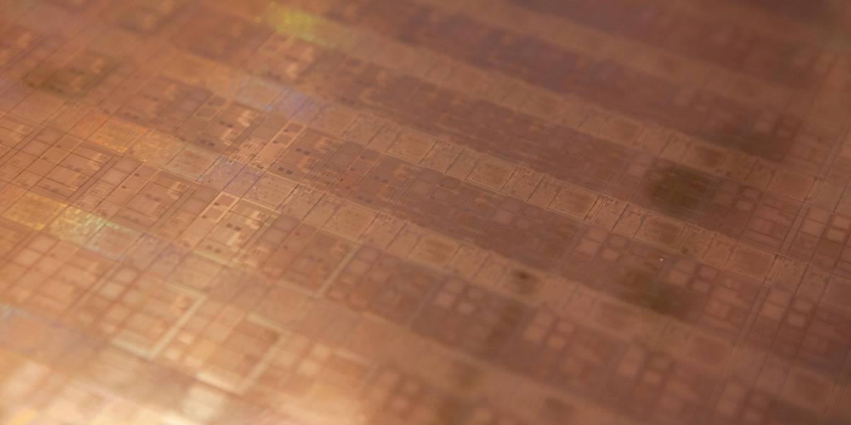 Intel abrirá sus fábricas para producir chips ARM