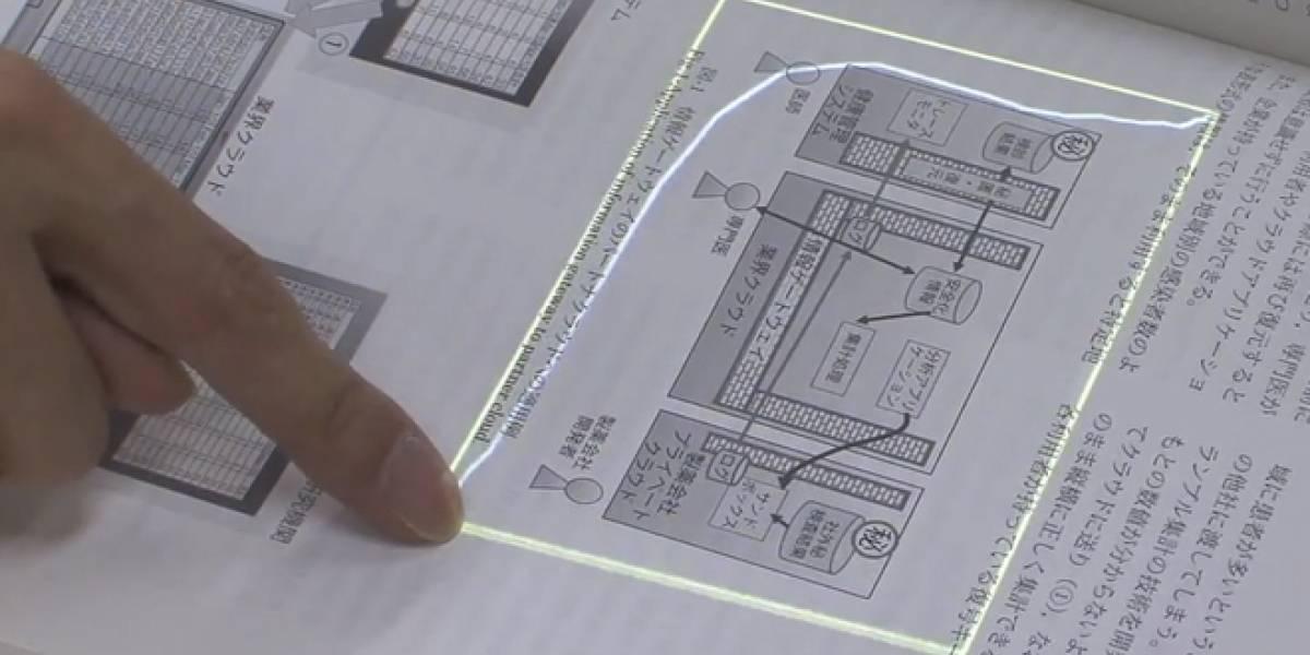 Desarrollan sistema para interactuar con el papel como si fuera una pantalla táctil