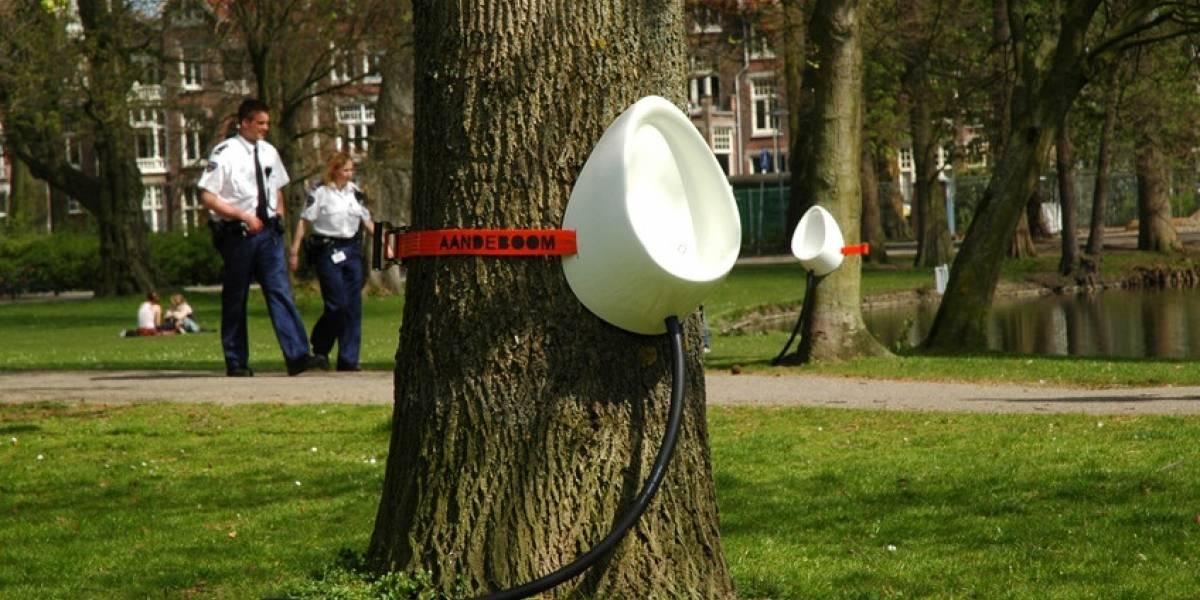 P-Tree, la manera menos ilegal de orinar en la vía pública