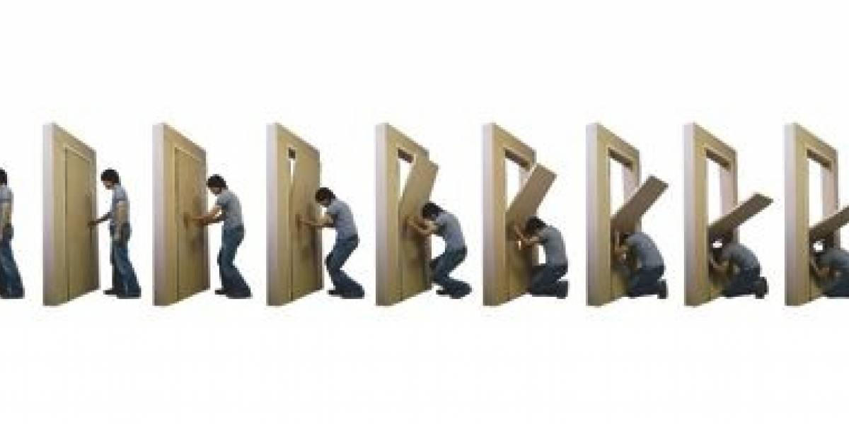Con esta puerta estamos salvados en caso de terremoto (¿o no?)