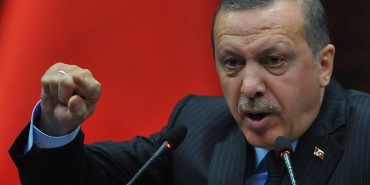 Turquía bloquea Twitter y amenaza a otras redes sociales