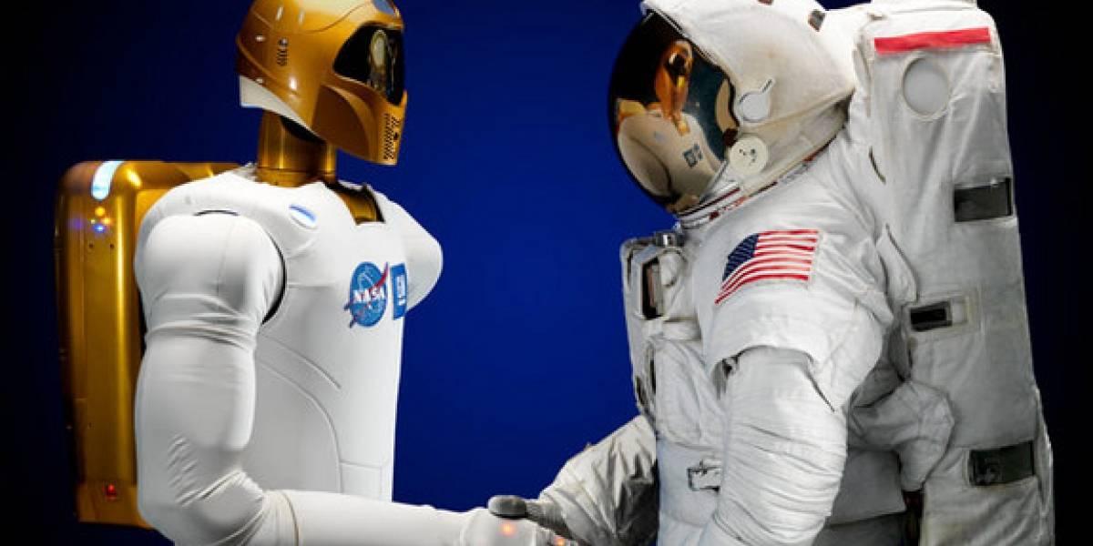 Obama regaña a los astronautas por no desempacar a Robonaut 2