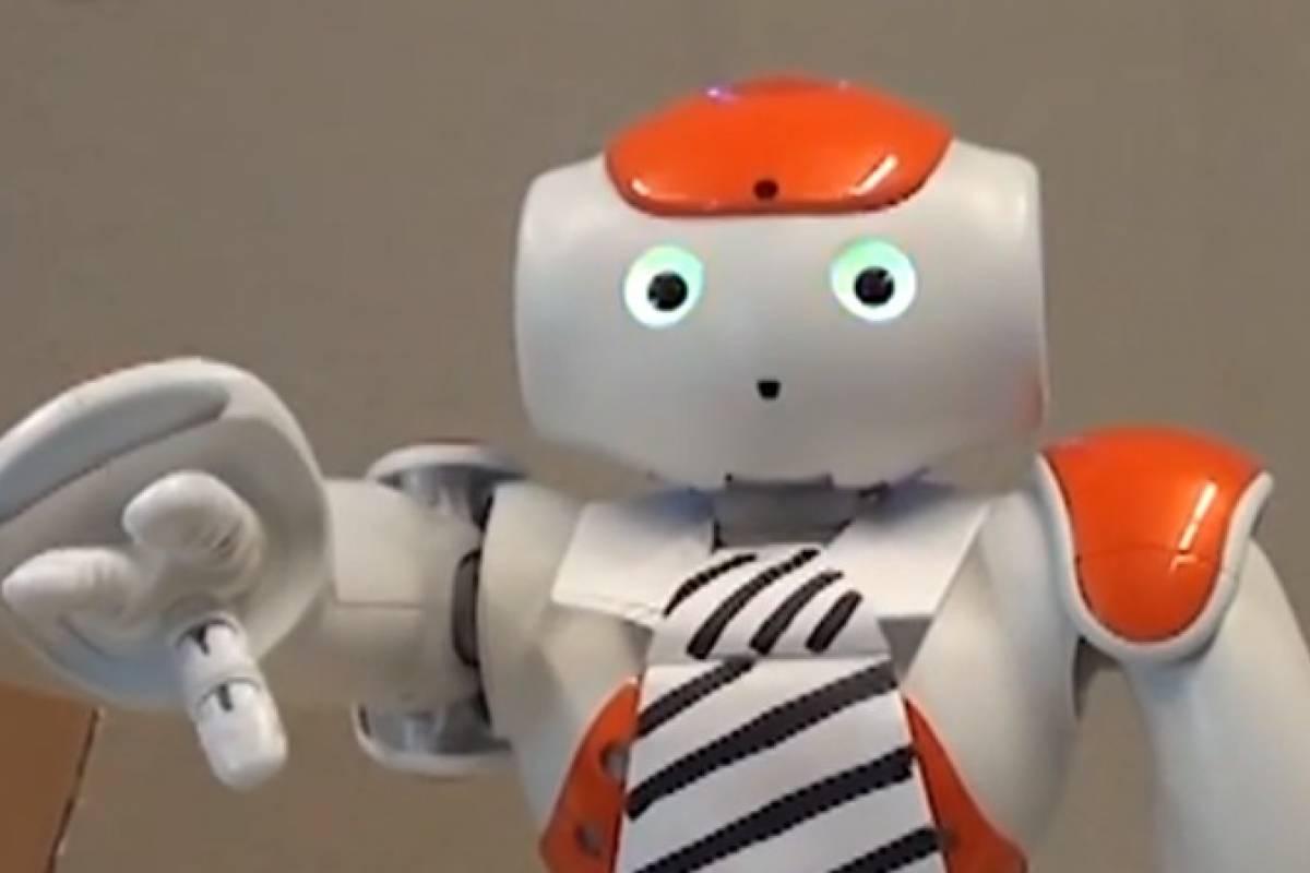 Estudio revela que los humanos sí haríamos caso a nuestro jefe si fuera un robot
