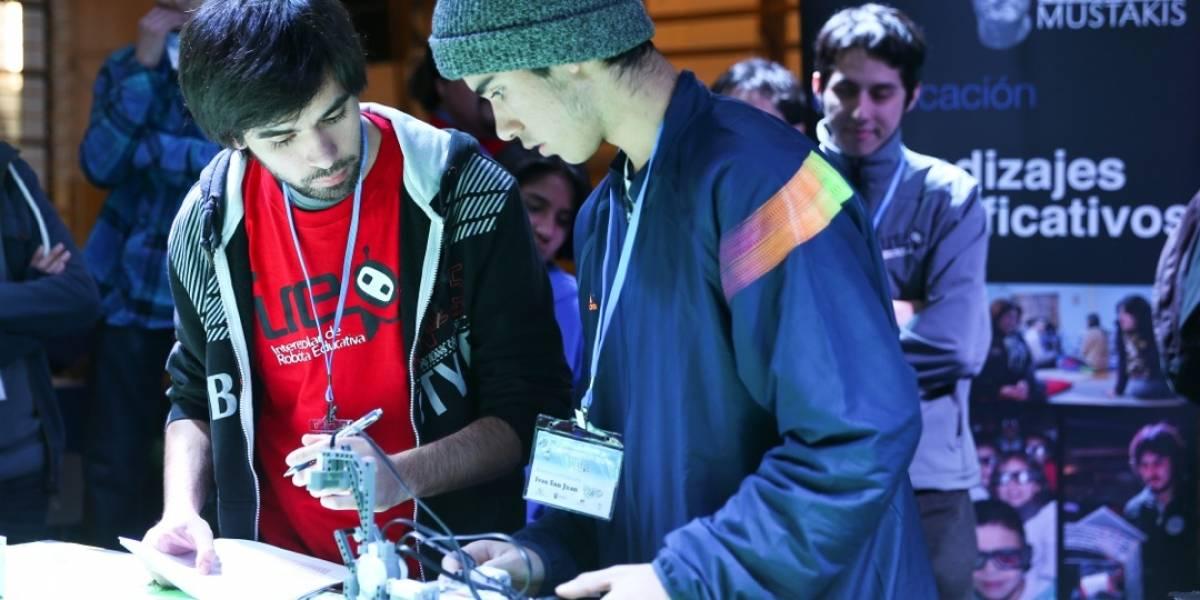 Inician talleres de robótica educativa de Fundación Mustakis