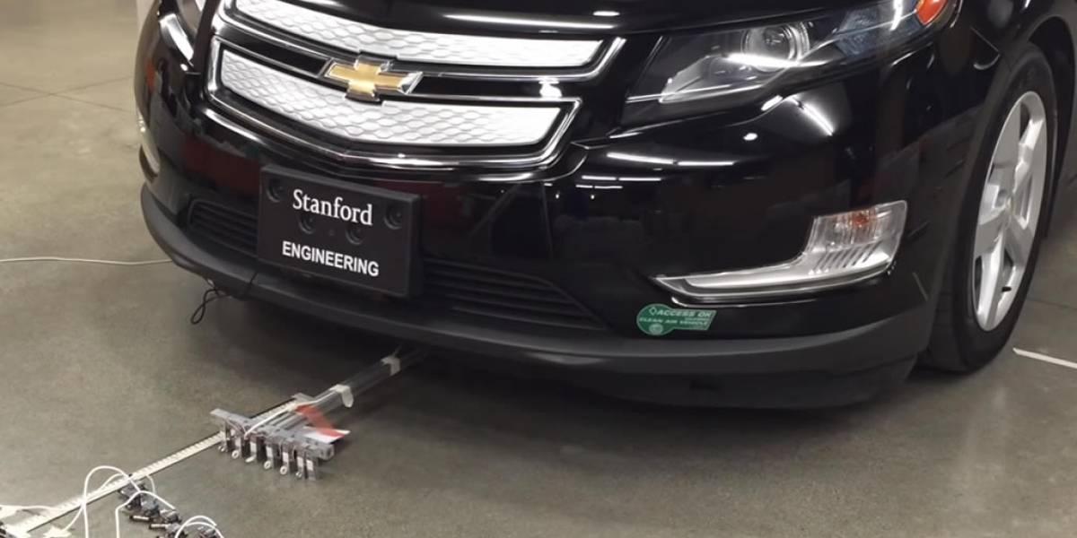 Científicos crean microrrobots capaces de mover un auto