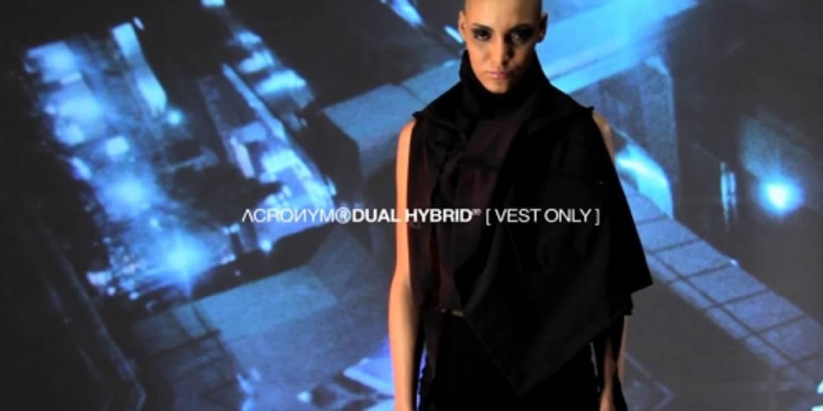 Diseñadores de moda muestran ropa origami multi-gadget futurista