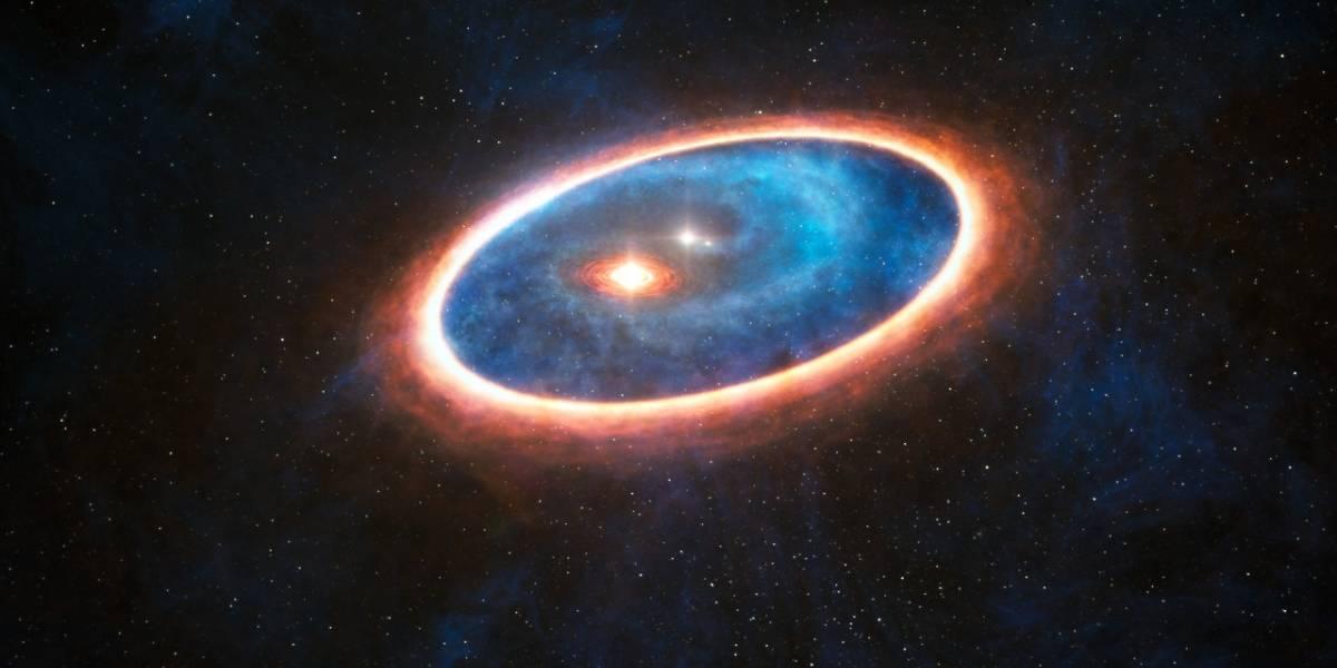 """ALMA descubrió un """"salvavidas"""" en un sistema binario"""