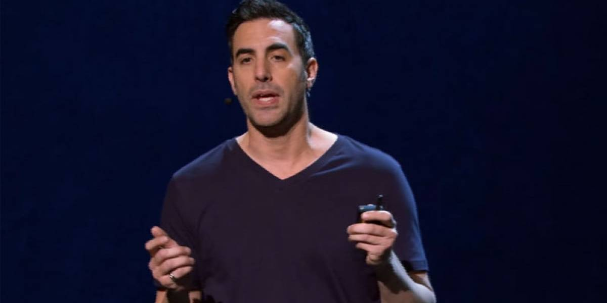 Sacha Baron Cohen se burla en video de las presentaciones de Apple