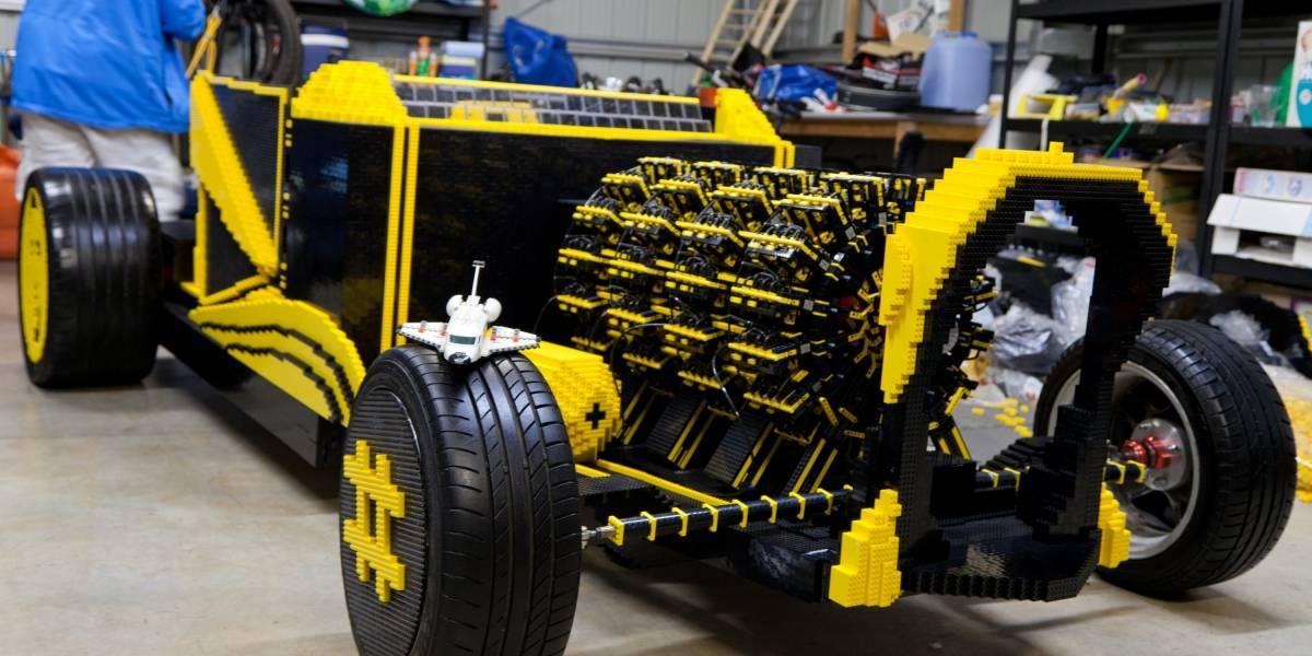 Construyen un automóvil con motor de aire que alcanza los 20 km/h usando bloques de Lego