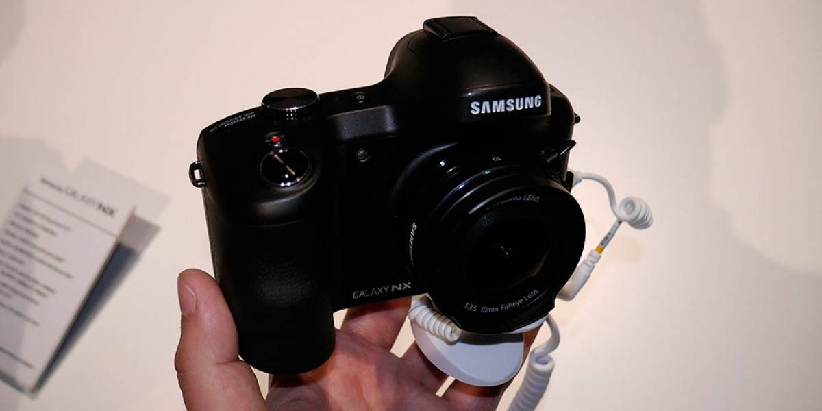 La cámara Samsung Galaxy NX con Android es oficial