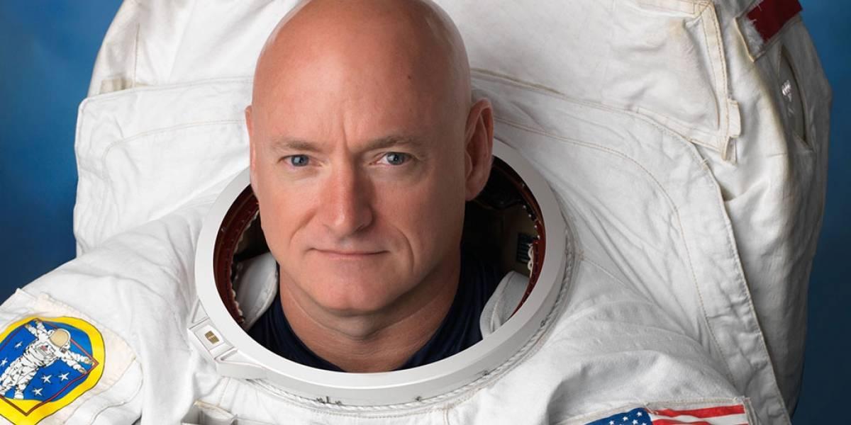 Scott Kelly se despide y conduce un programa de radio desde el espacio