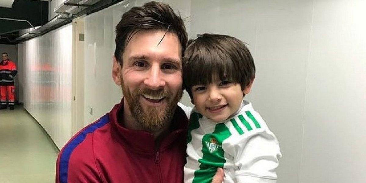 Así se dio la foto del hijo de Guardado con Messi