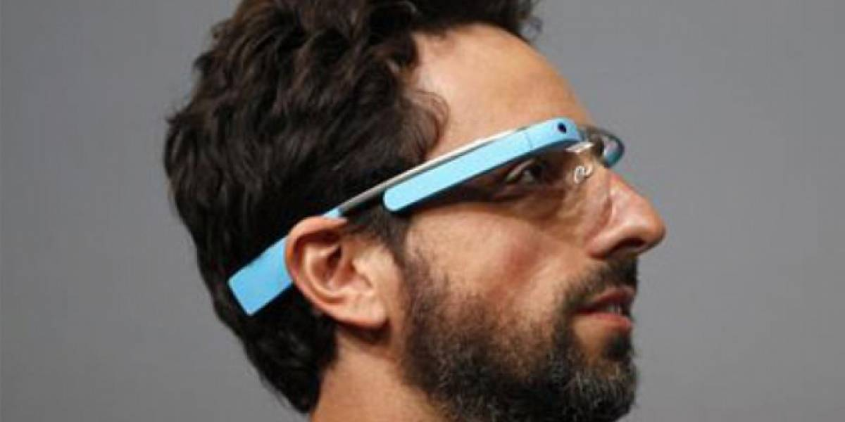 Mark Zuckerberg ya prepara a Facebook para la llegada de Google Glass