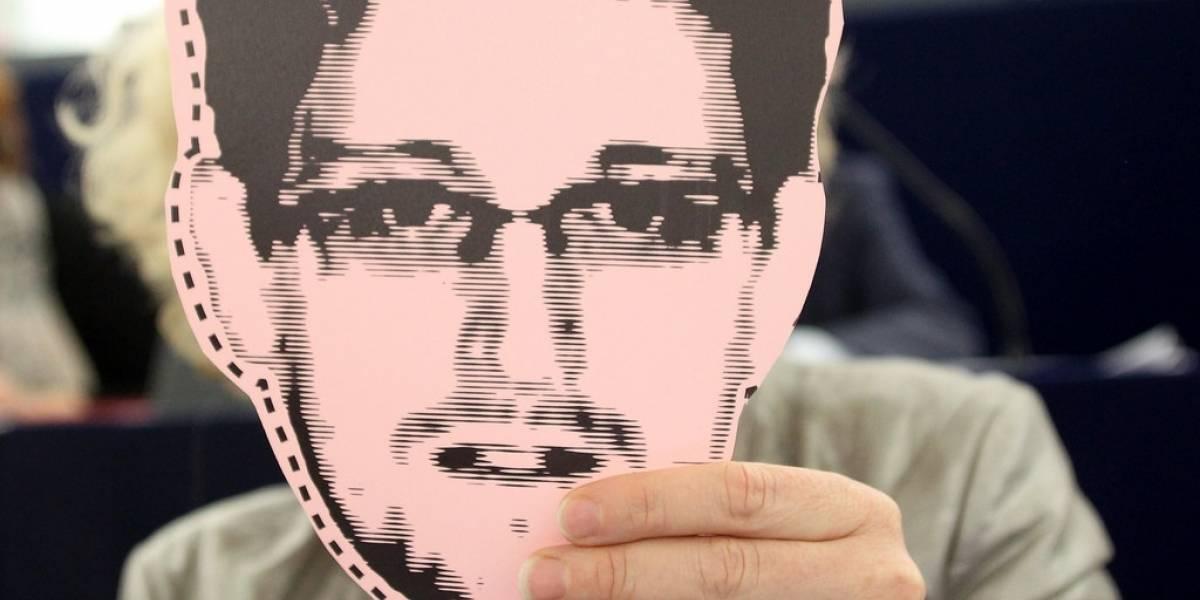 Twitter de Edward Snowden generó 47 GB en notificaciones