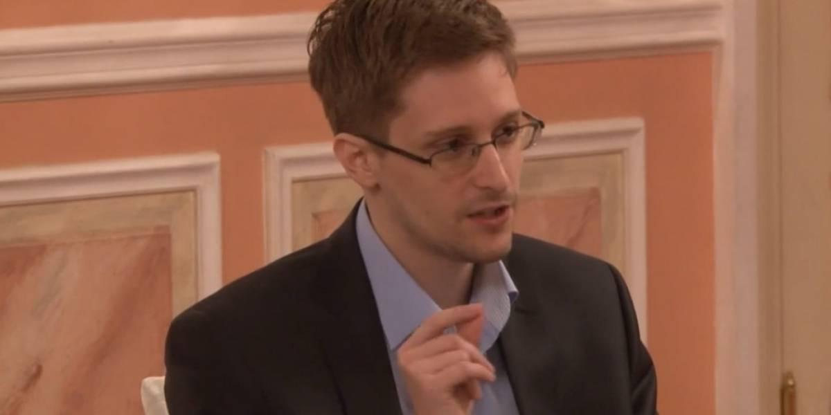 """Edward Snowden afirma que la vigilancia """"daña al país"""""""