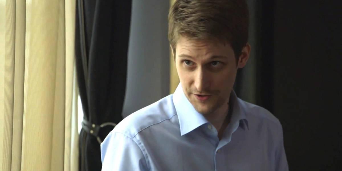 Edward Snowden: los profesionales que manejen datos deberían cifrar su información