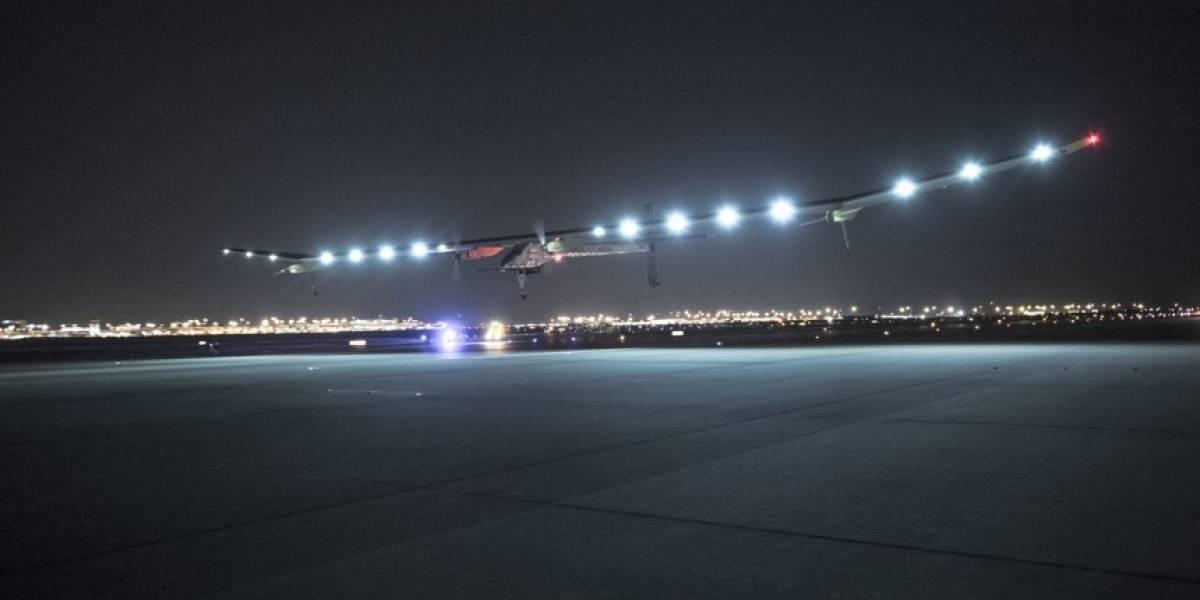 Solar Impulse rompe récord de distancia volada a energía solar
