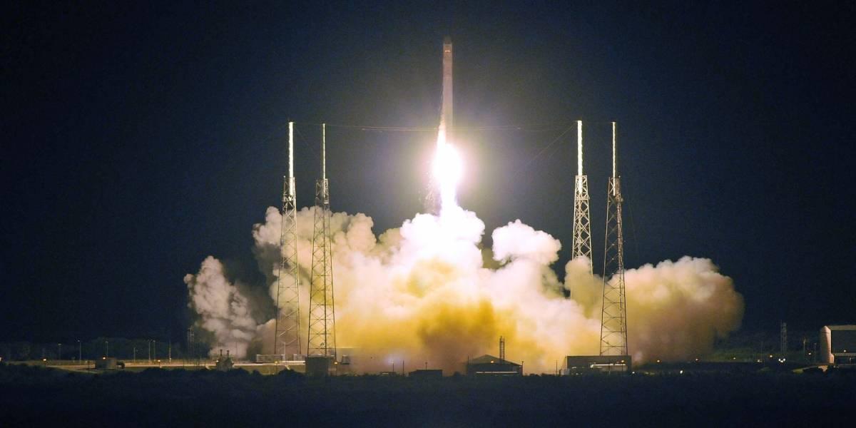 SpaceX muestra una base de aterrizaje para sus cohetes espaciales
