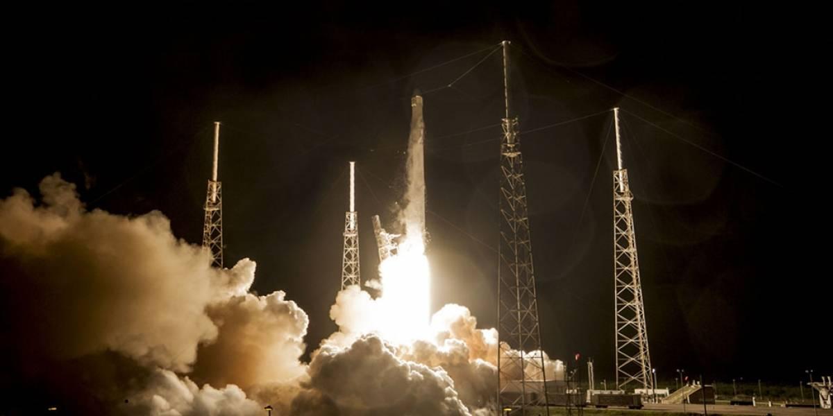 El cohete Falcon 9 no logra aterrizar correctamente en su plataforma flotante
