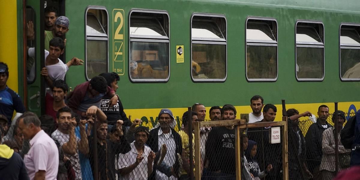 Aumentan ventas de pasaportes sirios falsos en Facebook