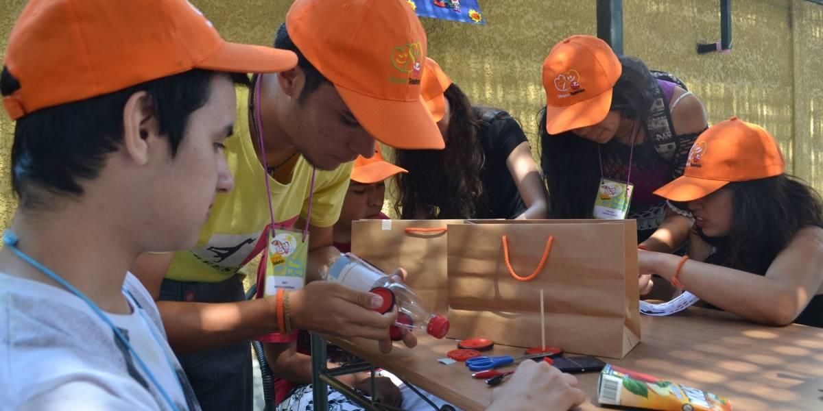 Chile: Niños del Instituto Teletón de Iquique construyen autos solares