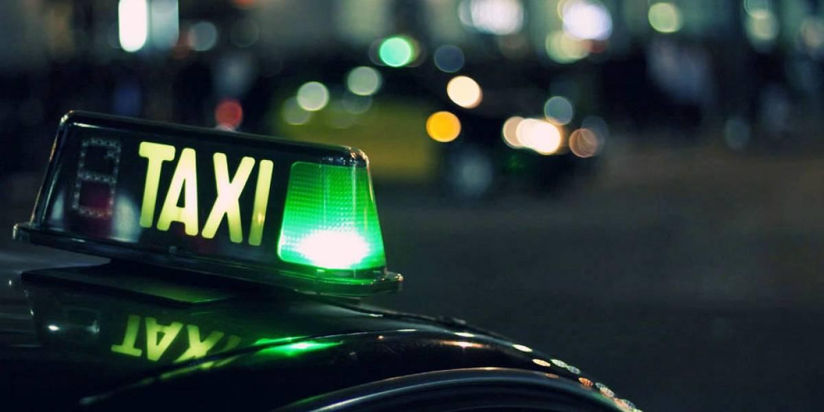 Acusan a Uber de agendar 5.560 viajes falsos en su competencia para perjudicarla