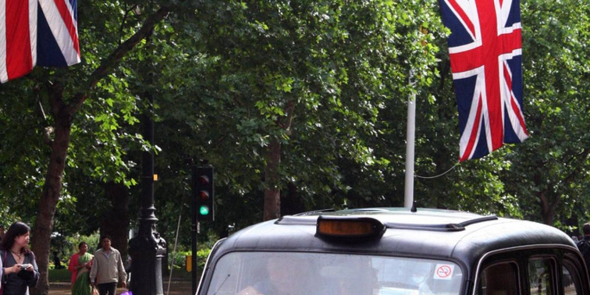 Taxis de Londres tendrán WiFi gratis al interior de los vehículos