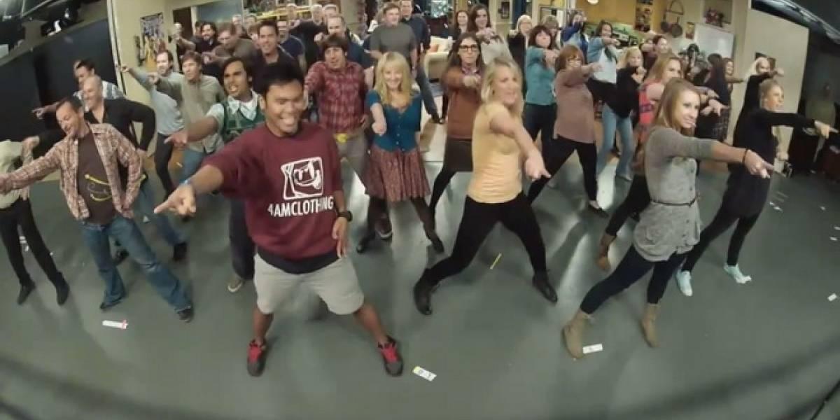 The Big Bang Theory: Flash Mob!