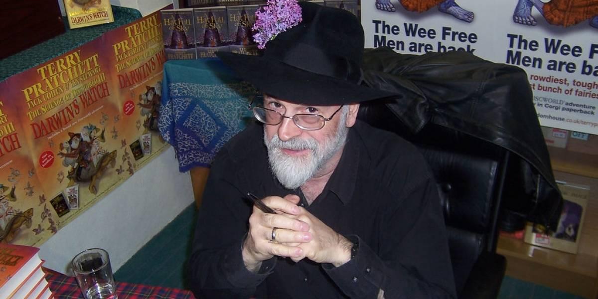 Falleció el escritor Terry Pratchett