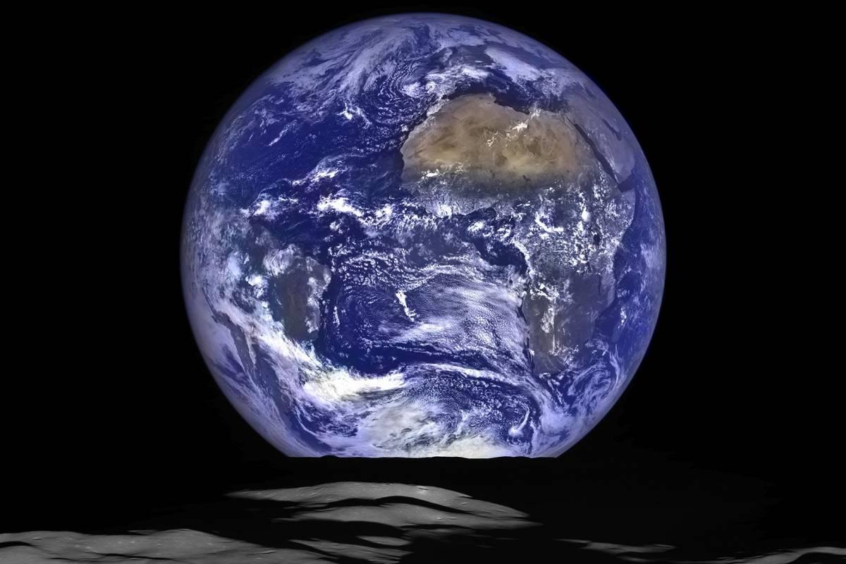 La NASA presenta espectacular foto de la Tierra, desde la Luna