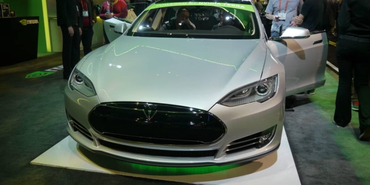 Tesla también desarrollará un vehículo que se maneje solo