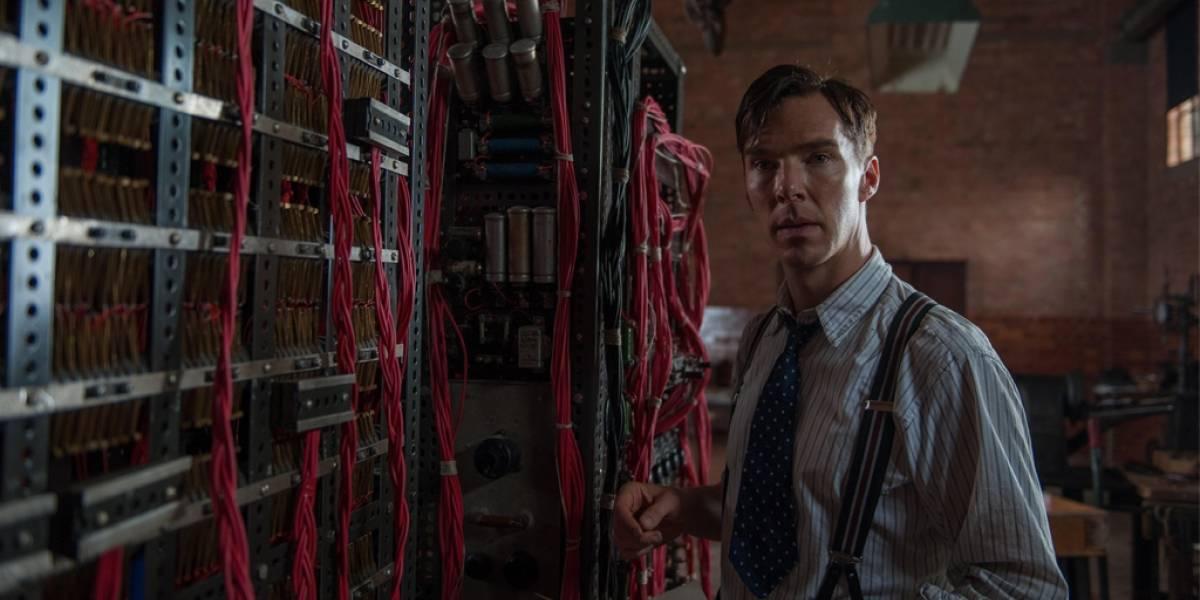 Publican imagen de Benedict Cumberbacht interpretando a Alan Turing
