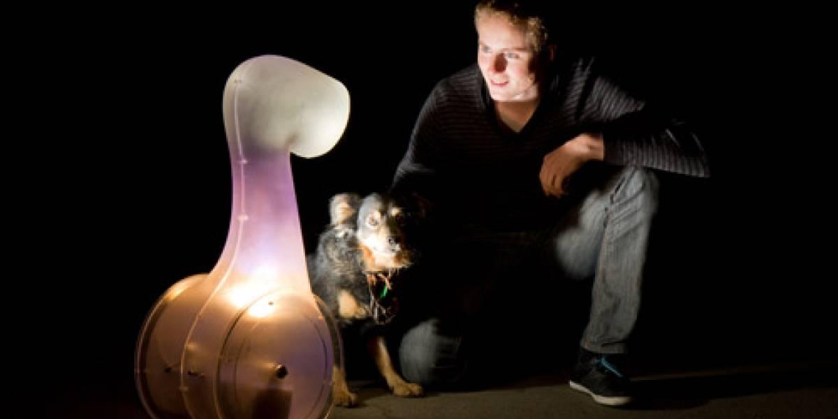 Robot linterna busca lugares oscuros para iluminar