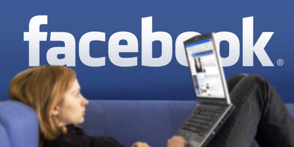Hombres v/s mujeres: ¿Cómo se comportan en las redes sociales?