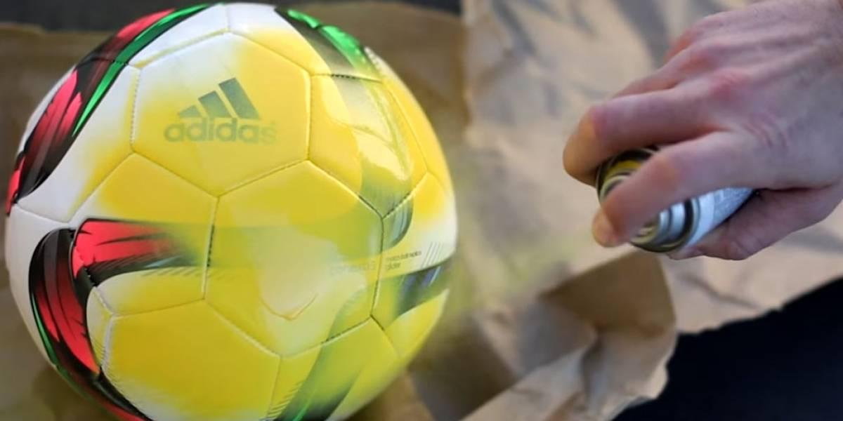 Viral usa pelota de futbol para ilustrar el tamaño del Sistema Solar