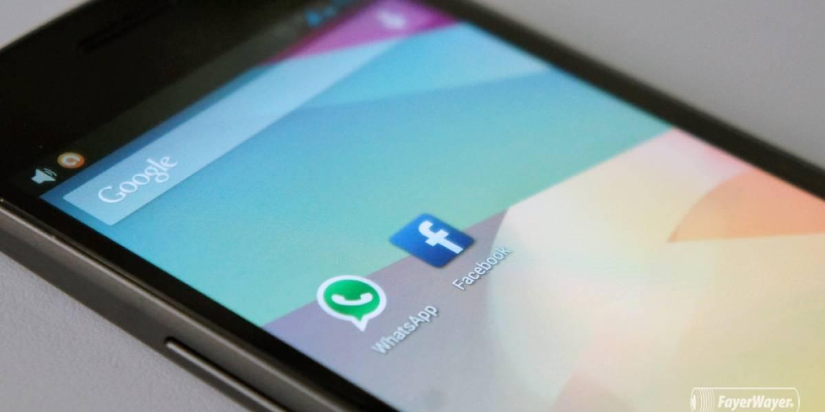 WhatsApp estuvo probando un botón para enviar contenido por mensaje