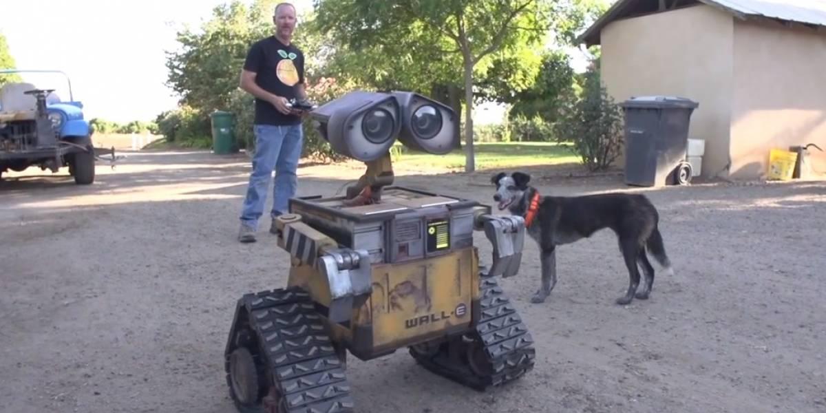 Construyen réplica robot de Wall-E