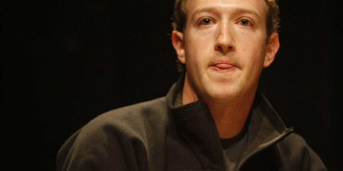 Facebook defiende a Mark Zuckerberg publicando 200 e-mails de su época estudiantil
